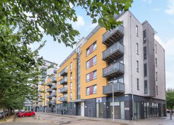 Thumbnail 2 bed flat to rent in Tarves Way, Greenwich