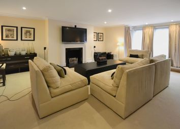 Thumbnail 5 bed town house to rent in Mountview Close, London