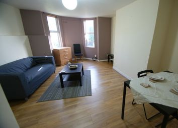 Thumbnail 1 bed flat to rent in Cardigan Lane, Hyde Park, Leeds