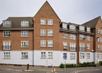 Thumbnail 1 bedroom flat to rent in Willow Walk, London