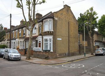 Thumbnail 2 bed flat to rent in Ratcliff Road, London