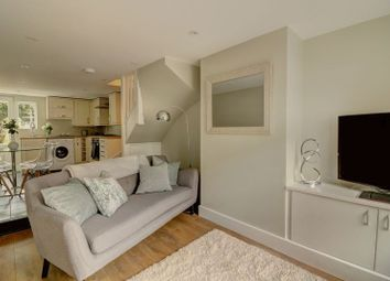 Thumbnail 2 bedroom terraced house for sale in Victoria Road, Berkhamsted
