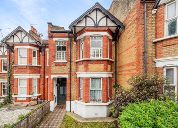 3 bed flat for sale in Ladywell Road, London SE13