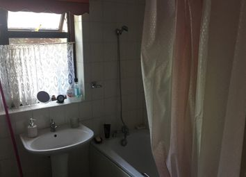 Thumbnail 4 bed bungalow to rent in Manor Cl, Aveley, South Ockendon, Barking