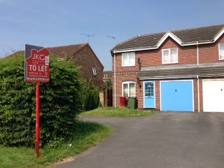 Thumbnail 3 bed semi-detached house to rent in Ferry Road West, Scunthorpe