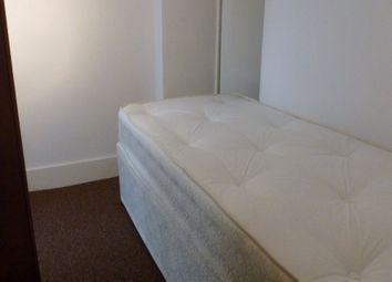Thumbnail Room to rent in Merton Road, Watford, Hertfordshire