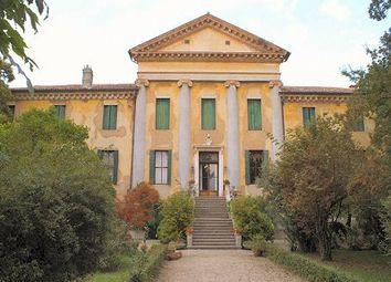 Thumbnail 20 bed château for sale in Via Per Abano Terme, Padua, Veneto, Italy