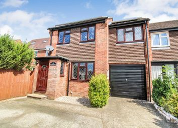 Thumbnail 3 bed end terrace house for sale in Robertsfield, Thatcham