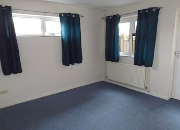Thumbnail 2 bed flat to rent in Nicholson Way, Cambridge