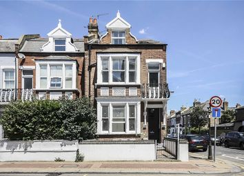 Thumbnail 4 bed flat to rent in Lower Richmond Road, London