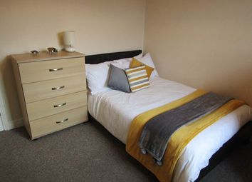 Thumbnail Room to rent in Room 3, George Street, Woodston, Peterborough