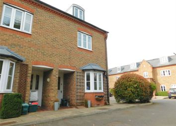 Thumbnail 4 bed end terrace house for sale in Kingsleigh Close, Brentford
