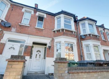 3 bed property to rent in Knotts Green Road, London E10