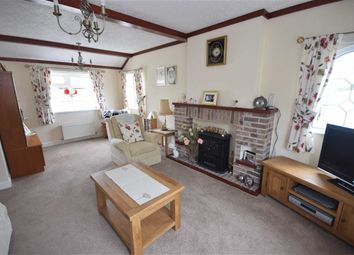 Thumbnail 2 bedroom mobile/park home for sale in Saunders Mews, Barnstaple Street, Winkleigh