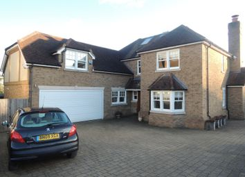 Thumbnail 5 bed farmhouse to rent in Parkgate Crescent, Barnet