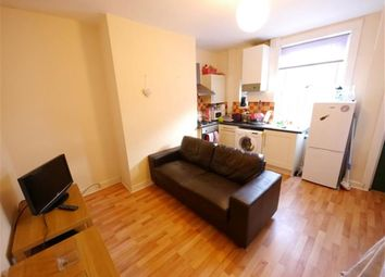 Thumbnail 2 bedroom property to rent in Kelsall Road, Hyde Park, Leeds