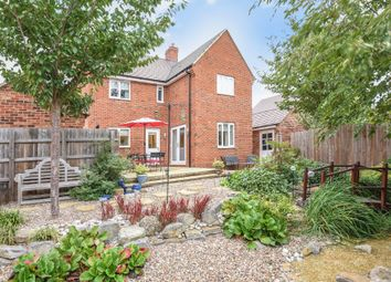 Thumbnail 4 bed detached house for sale in Gilligans Way, Faringdon