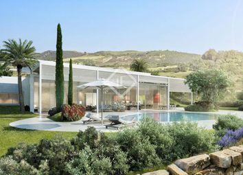 Thumbnail 4 bed villa for sale in Spain, Andalucía, Costa Del Sol, Marbella, Estepona, Mrb8620