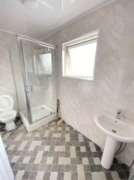 3 bed detached house to rent in Mortlake Road, Ilford IG1