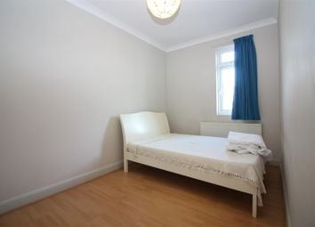 Thumbnail 1 bedroom flat to rent in Grand Parade, Green Lanes, London