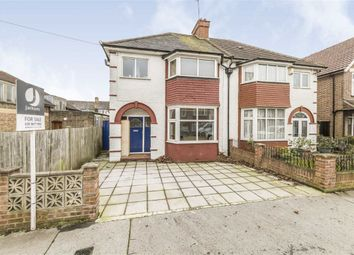 3 bed property for sale in Semley Road, London SW16