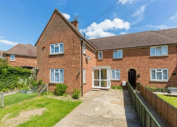 Thumbnail 2 bedroom maisonette for sale in Leachcroft, Chalfont St Peter, Buckinghamshire