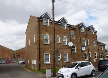 Thumbnail 1 bed flat for sale in May Street, Luton, Bedfordshire