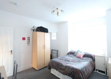 Thumbnail 3 bed flat to rent in Totland Road, Brighton