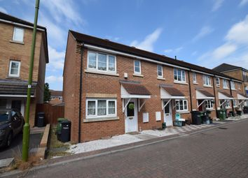 Thumbnail 3 bed property to rent in Michigan Close, Broxbourne