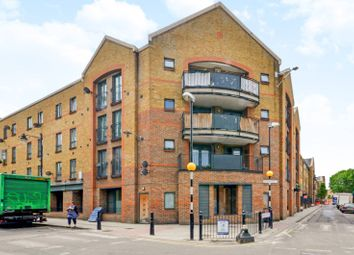 Thumbnail 2 bed flat to rent in Durward Street, Whitechapel