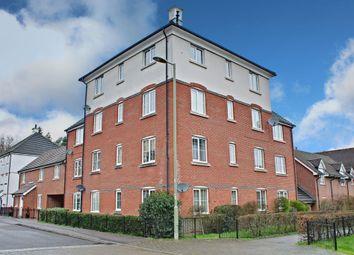 2 bed flat for sale in Elvetham Rise, Chineham, Basingstoke RG24