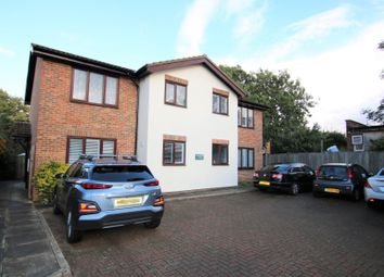1 bed flat for sale in Holly Avenue, New Haw, Addlestone KT15