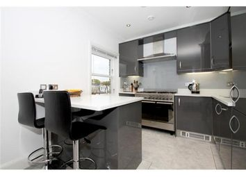 Thumbnail 2 bed flat to rent in Beverley Road, London