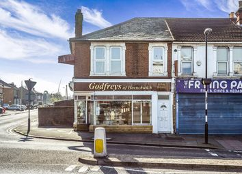 Thumbnail 2 bedroom flat to rent in Brentwood Road, Gidea Park, Romford