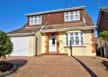 3 bed detached house for sale in Daws Heath Road, Rayleigh SS6