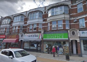 Thumbnail 1 bed flat to rent in Green Lanes, Winchmore Hill