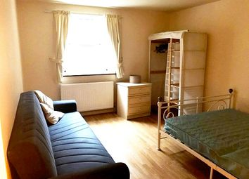 Thumbnail 2 bedroom flat to rent in Buckfast Street, Bethnal Green/Shoreditch