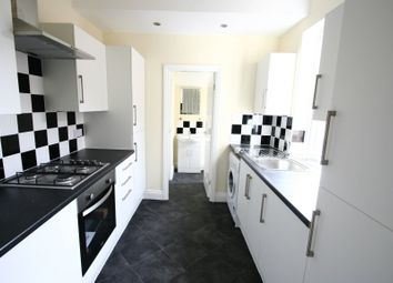 Thumbnail 3 bed flat to rent in 70 Pppw - Biddlestone Road, Heaton, Newcastle Upon Tyne