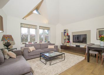 Thumbnail 3 bed flat to rent in Barrowgate Road, London