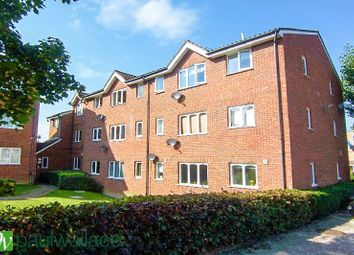 Thumbnail 1 bedroom flat to rent in Howard Close, Waltham Abbey