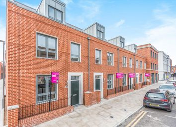 3 bed town house for sale in Rose Street, Wokingham RG40