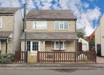 Thumbnail 3 bed detached house to rent in Tower Hill, Bidford-On-Avon, Alcester