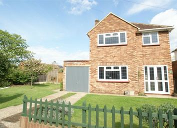 Thumbnail 3 bedroom detached house to rent in Havers Avenue, Hersham, Walton-On-Thames, Surrey