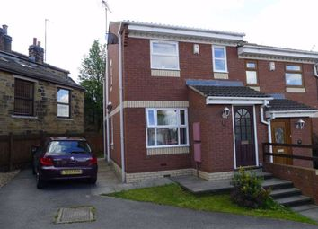 Thumbnail 2 bed town house to rent in Laneside Gardens, Churwell, Leeds