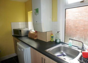 Thumbnail 2 bedroom detached house to rent in Warton Terrace, Heaton, Newcastle Upon Tyne