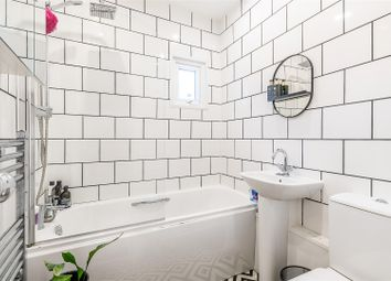 Knights Hill, London SE27. 2 bed flat for sale