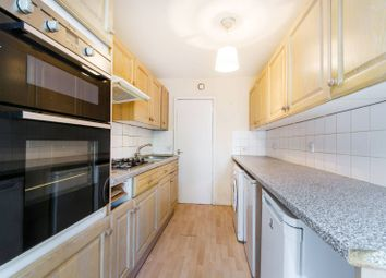 Thumbnail 2 bed flat for sale in Turnpike Link, East Croydon
