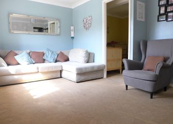 Thumbnail 2 bed flat for sale in Kings Chase, East Molesey