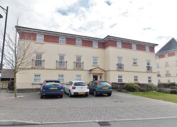 Thumbnail 2 bedroom flat to rent in Birkdale Close, Swindon