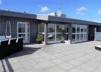 Thumbnail 2 bed flat for sale in Station Road, Borehamwood, Hertfordshire